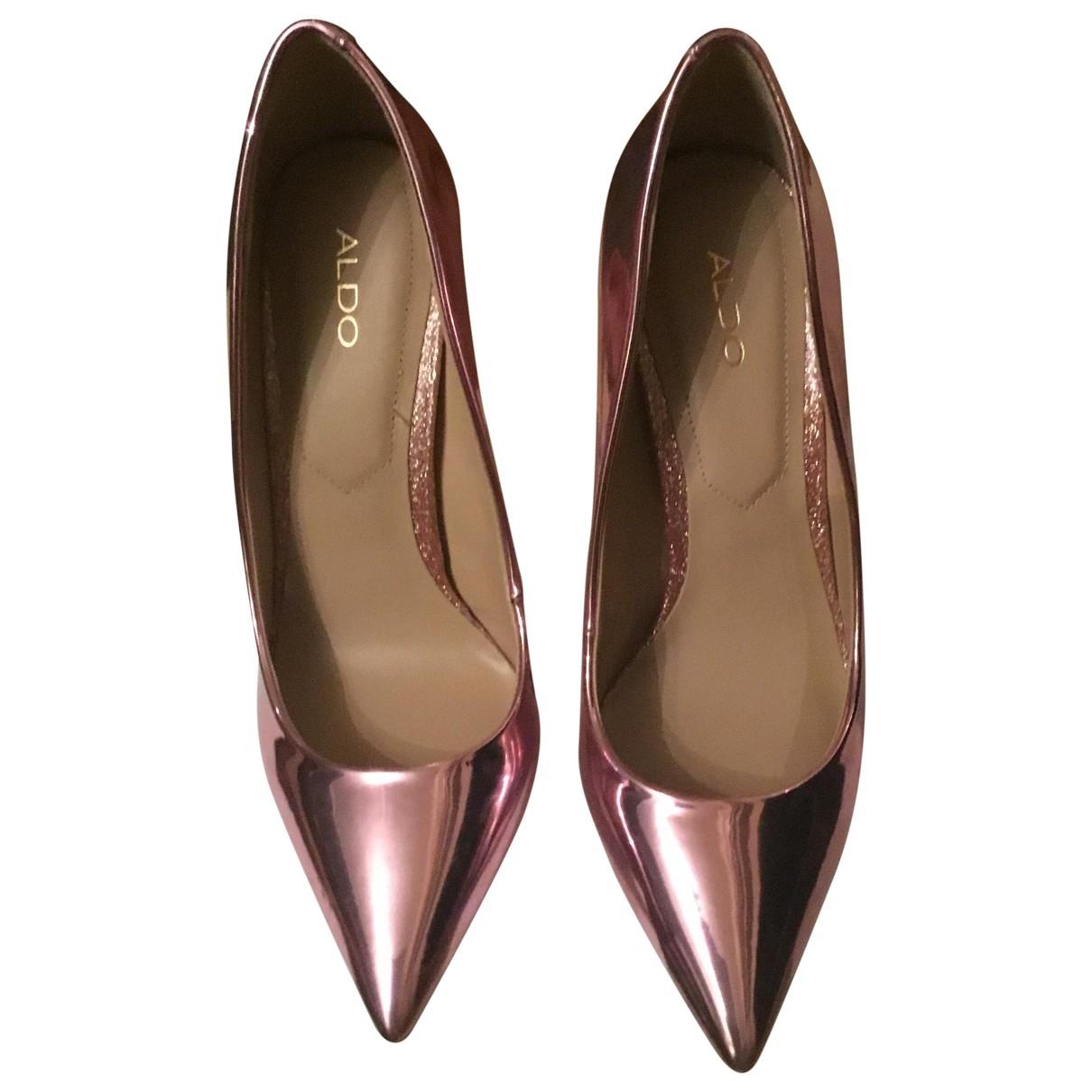 - Escarpins   pour femme en cuir verni - rose