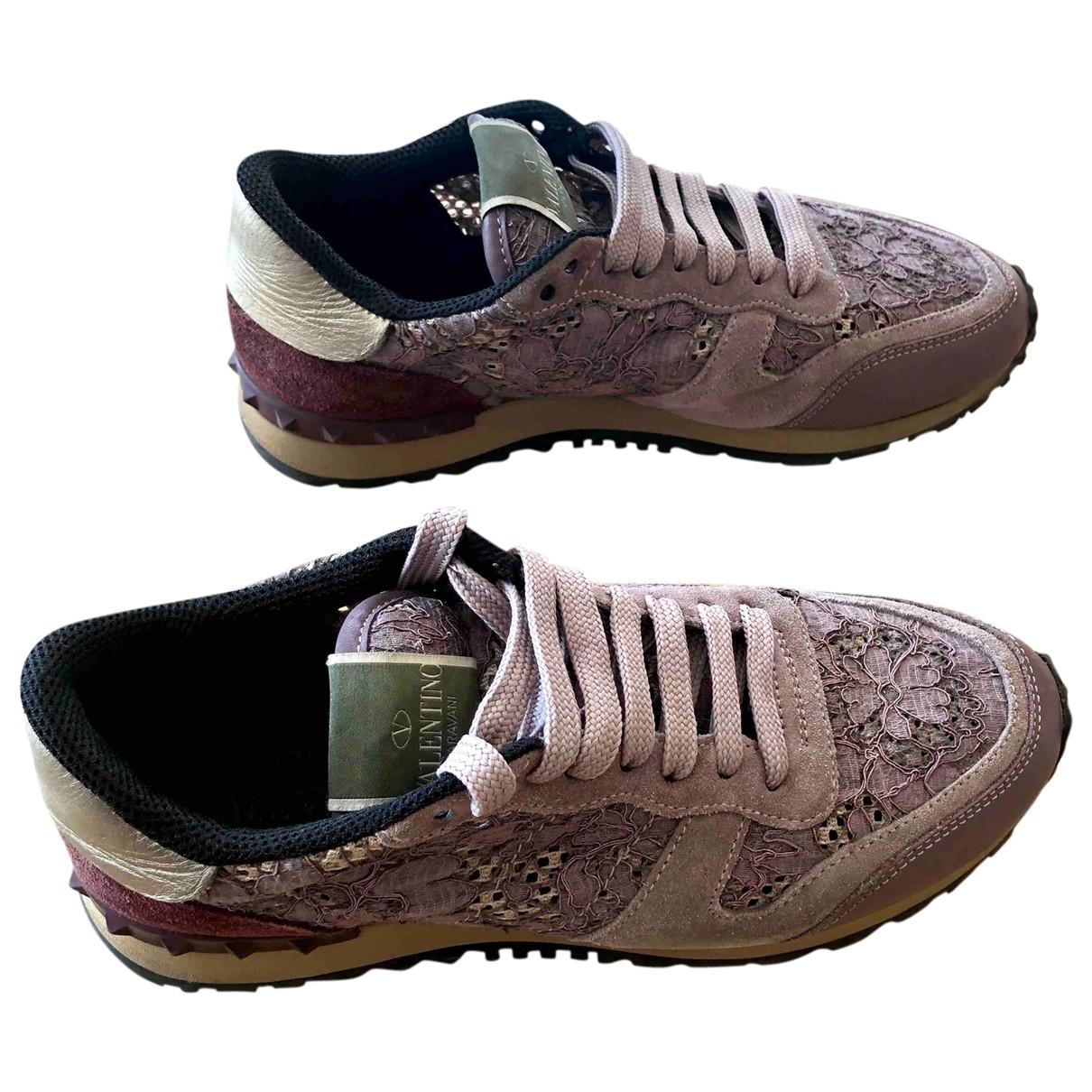 Valentino Garavani Rockrunner Sneakers in  Lila Leinen