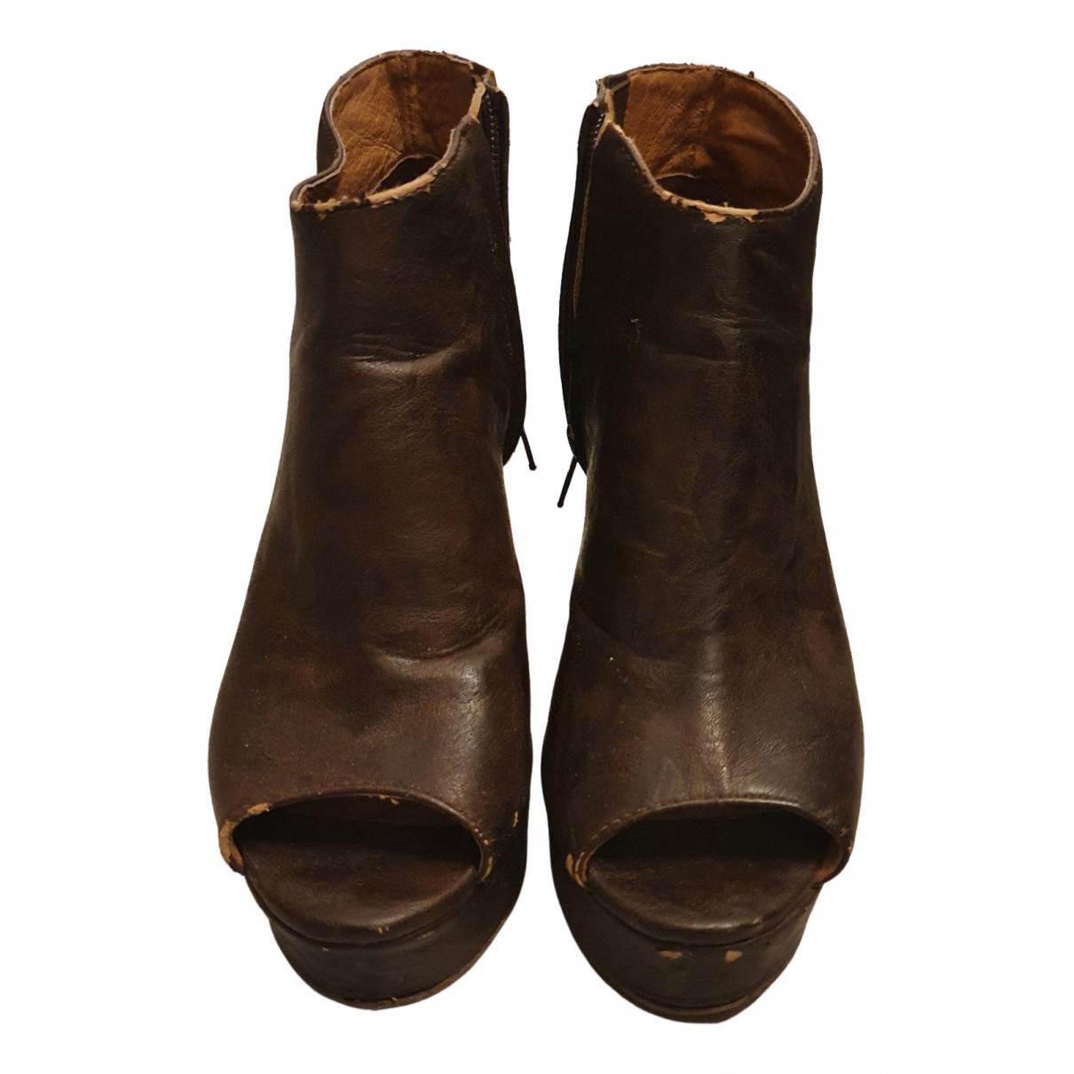 Jeffrey Campbell - Escarpins   pour femme en cuir - marron