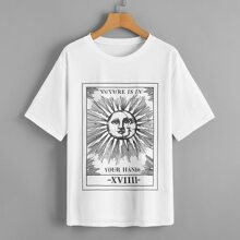 T-Shirt mit Sonne, Mond und Buchstaben Grafik