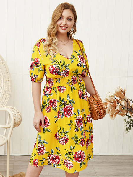 Yoins Plus Size Yellow Floral Print V-neck Half Sleeves Shirred Dress