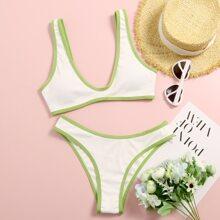 Gerippter Bikini Badeanzug mit Peitschenstich