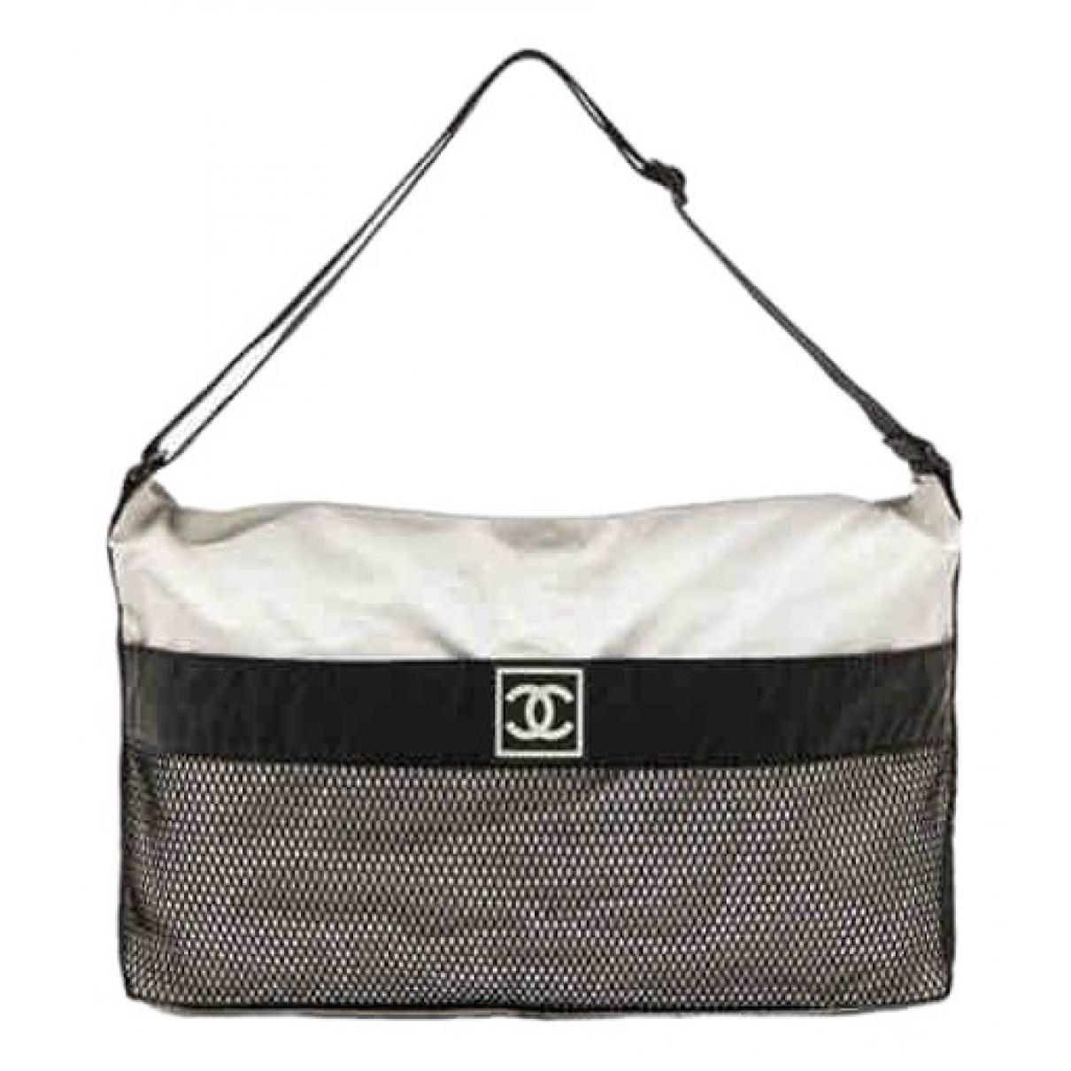 Chanel \N Beige Travel bag for Women \N