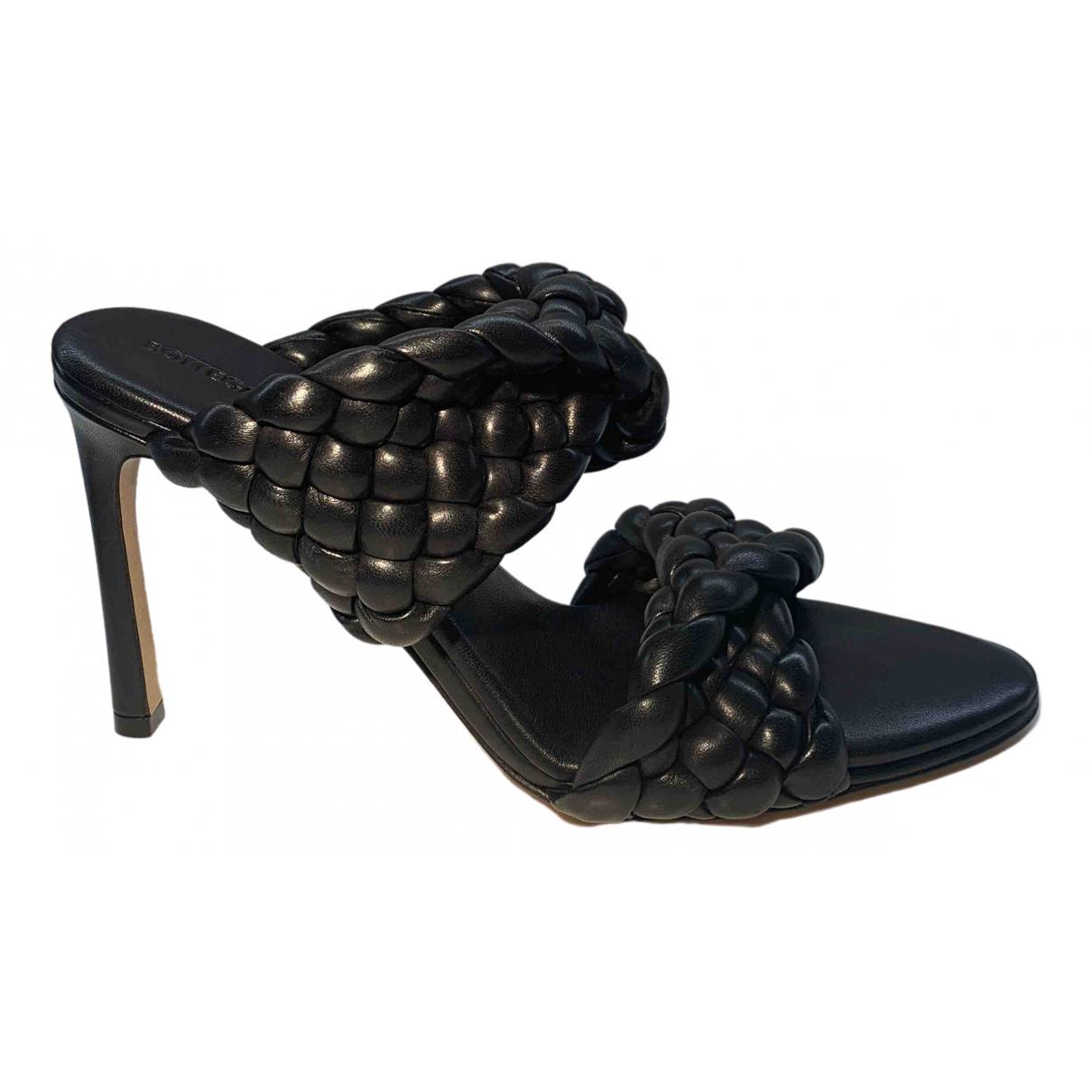 Bottega Veneta BV Curve Black Leather Sandals for Women 41 EU