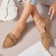 Zapatillas sin cordones de punta de cuero vegano