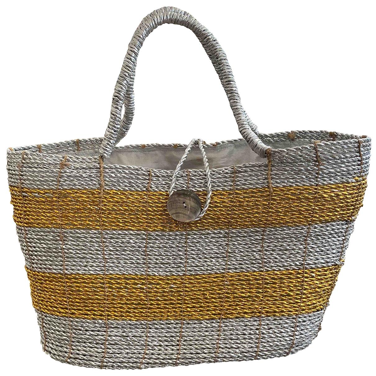 Non Signé / Unsigned \N Silver handbag for Women \N