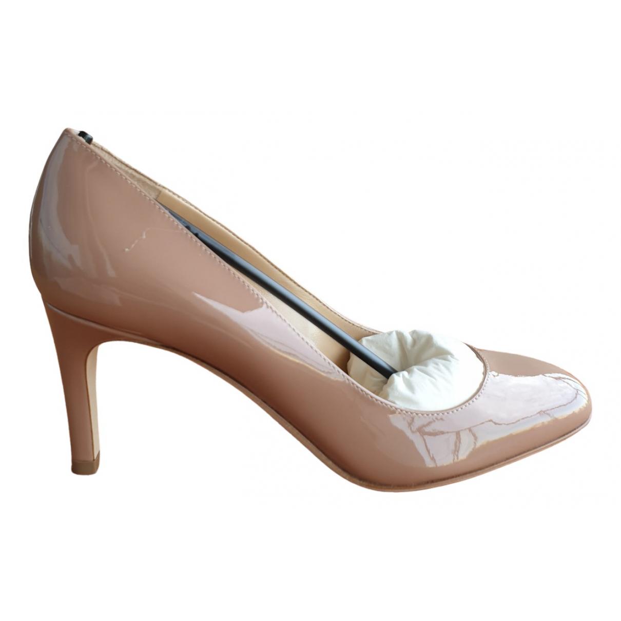 Sergio Rossi \N Beige Patent leather Heels for Women 35 IT