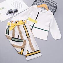 Camisa de niñitas con estampado geometrico con culotes con cinturon