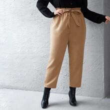 Pantalones zanahoria con cinturon de cintura con volante