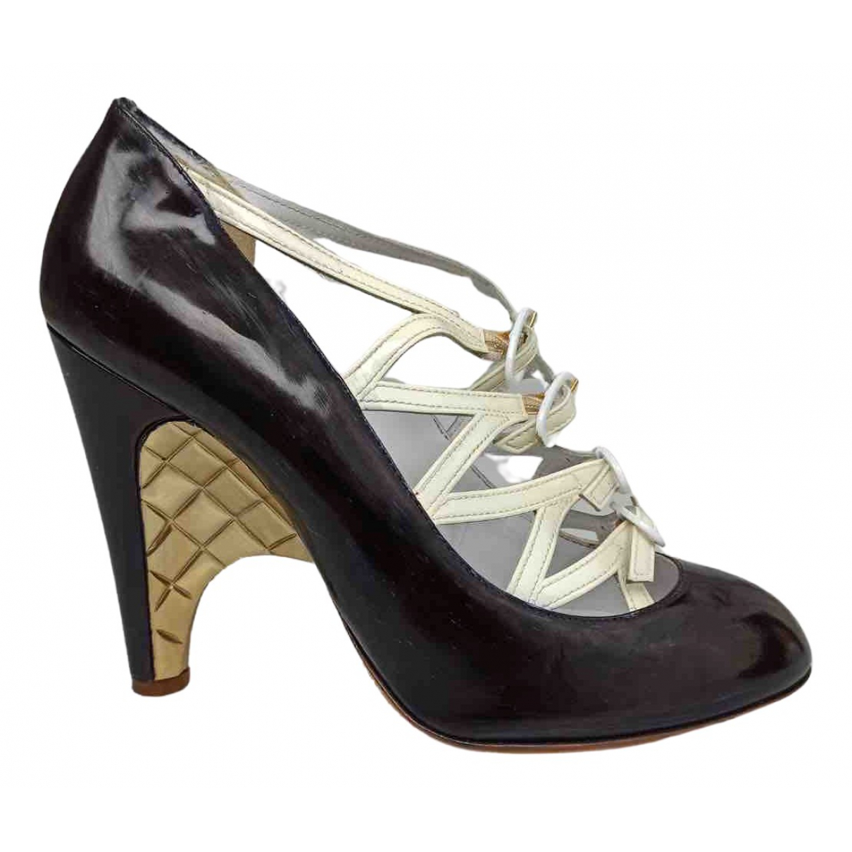 Chanel \N Black Patent leather Heels for Women 39 EU