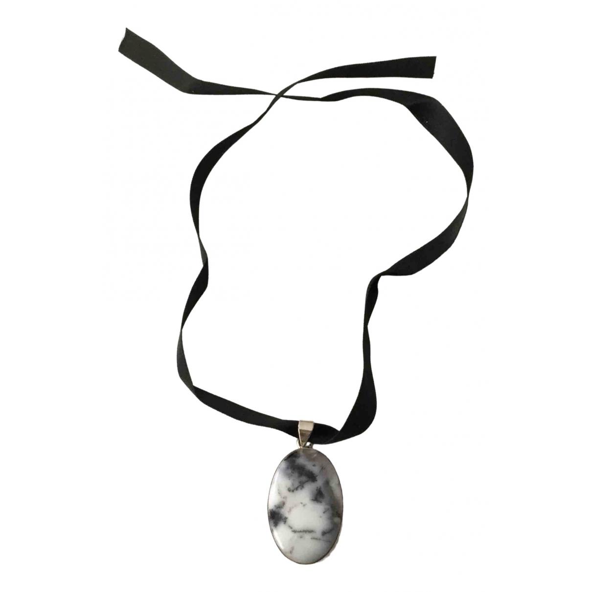 - Collier   pour femme en argent - gris