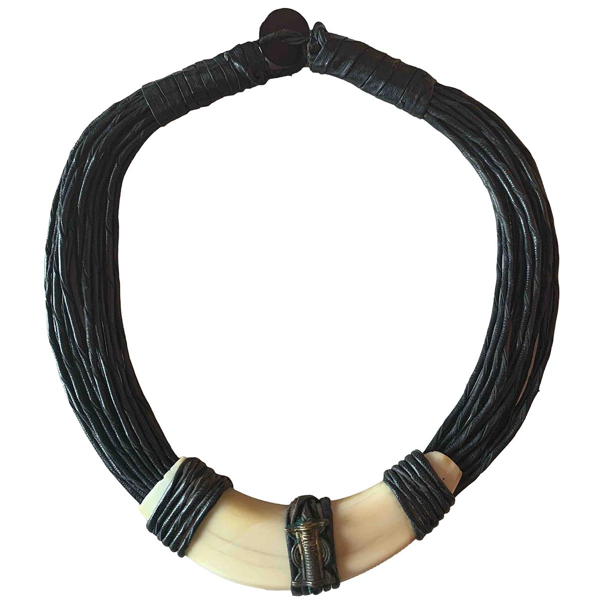 - Collier Motifs Ethniques pour femme en cuir - noir
