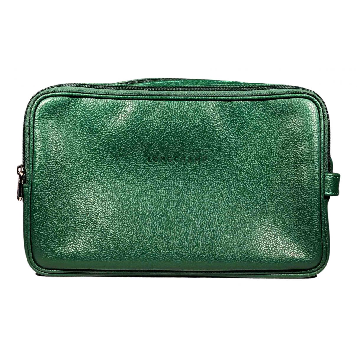 Longchamp \N Kleinlederwaren in  Gruen Leder