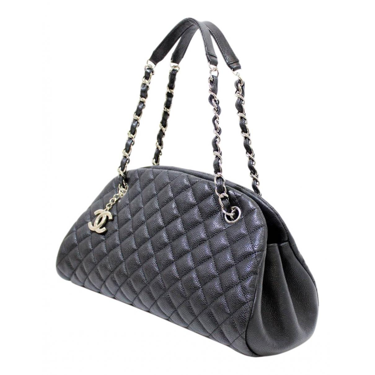 Chanel Mademoiselle Handtasche in  Schwarz Leder