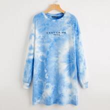 Sweatshirt Kleid mit sehr tief angesetzter Schulterpartie, Buchstaben Grafik und Batik