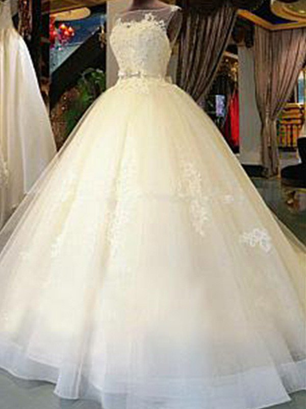 Sleeveless Ribbon Scoop Applique Tulle Ball Gown Cathedral Train Wedding Dresses