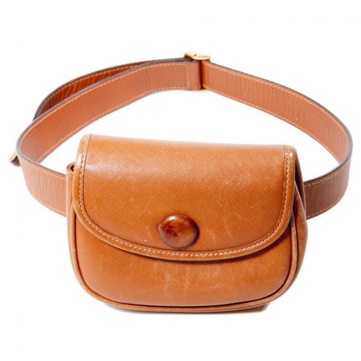 Gucci \N Camel Leather Clutch bag for Women \N