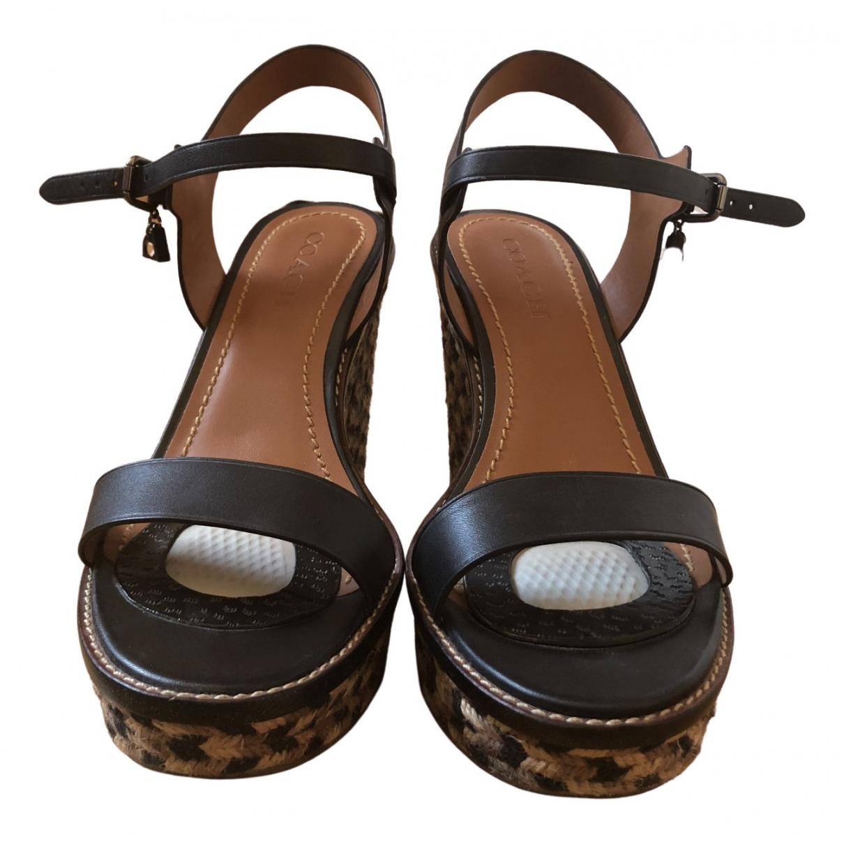 Sandalias de Cuero Coach