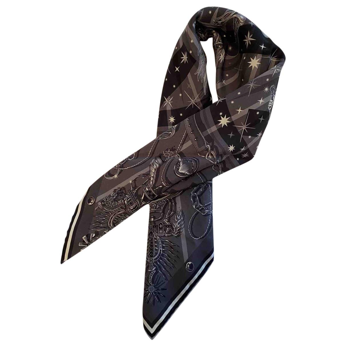 Hermes - Foulard   pour femme en soie - gris