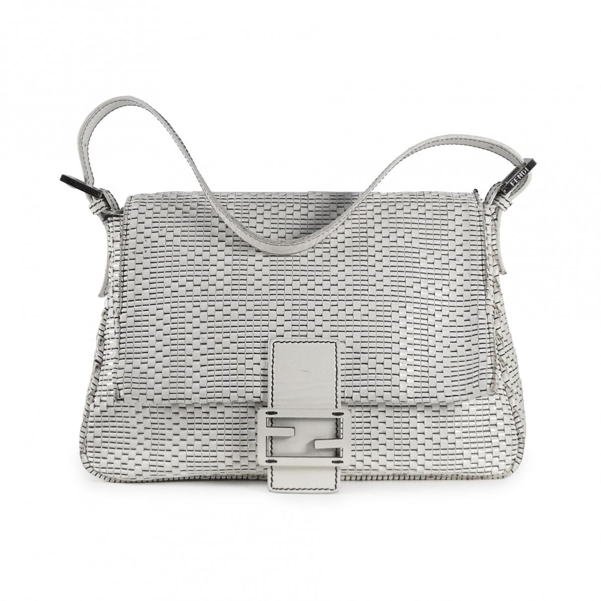 Fendi Mamma Baguette  White Patent leather handbag for Women \N