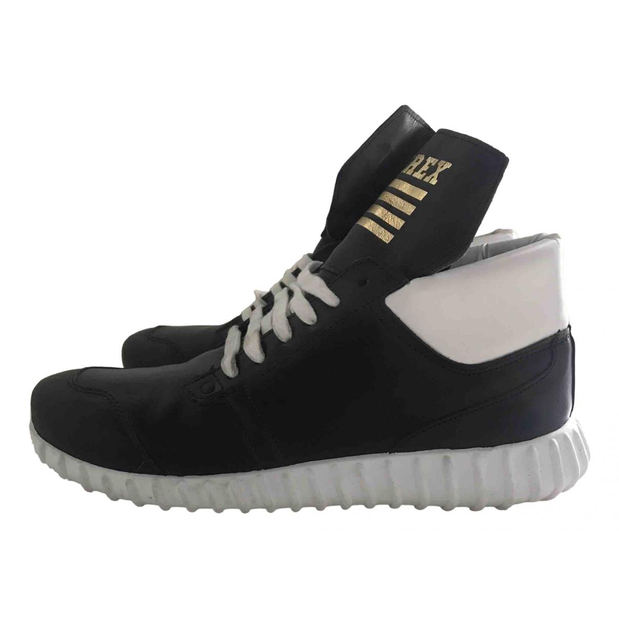 Pyrex \N Sneakers in  Schwarz Leder