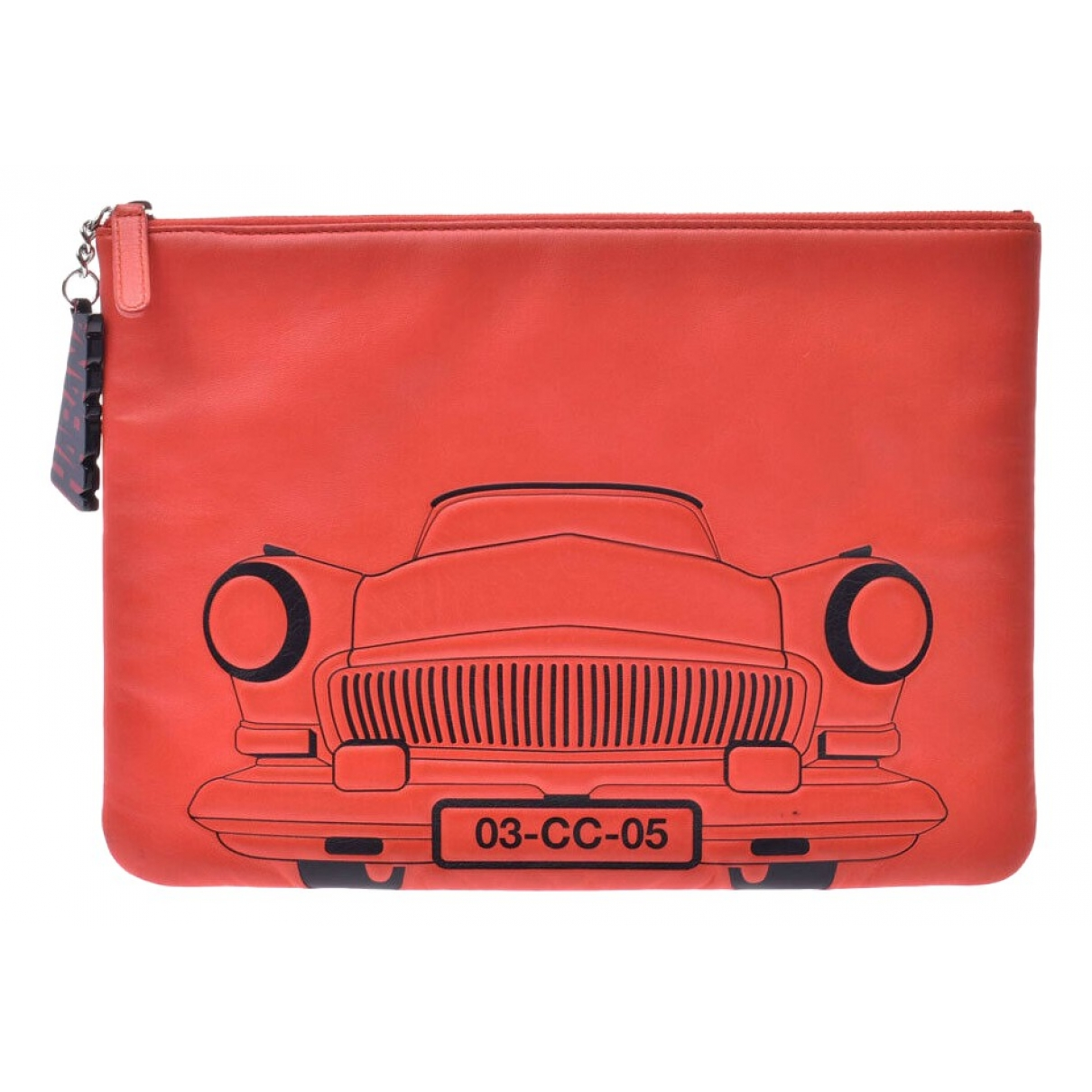 Chanel \N Clutch in  Orange Leder