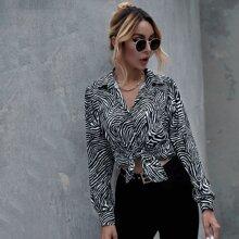 Bluse mit Zebra Muster und Knopfen