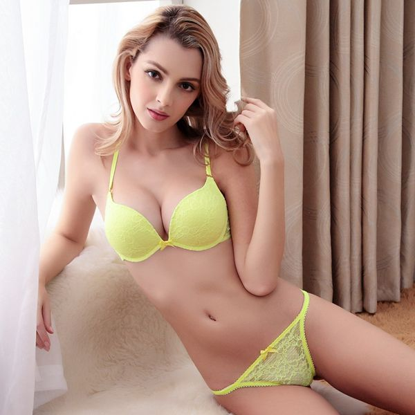 Charming Floral Pattern Bras And Sexy Thongs Bra Underwear Sets