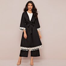 Conjunto de abaya ribete con fleco y cinta con bordado con pantelones palazzo
