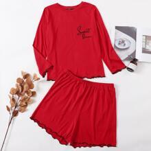 Conjunto de pijama camiseta ribete en forma de lechuga con bordado de letra con shorts