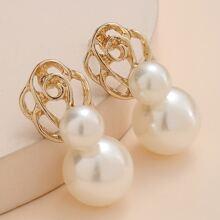 Pendientes con diseño de perla artificial