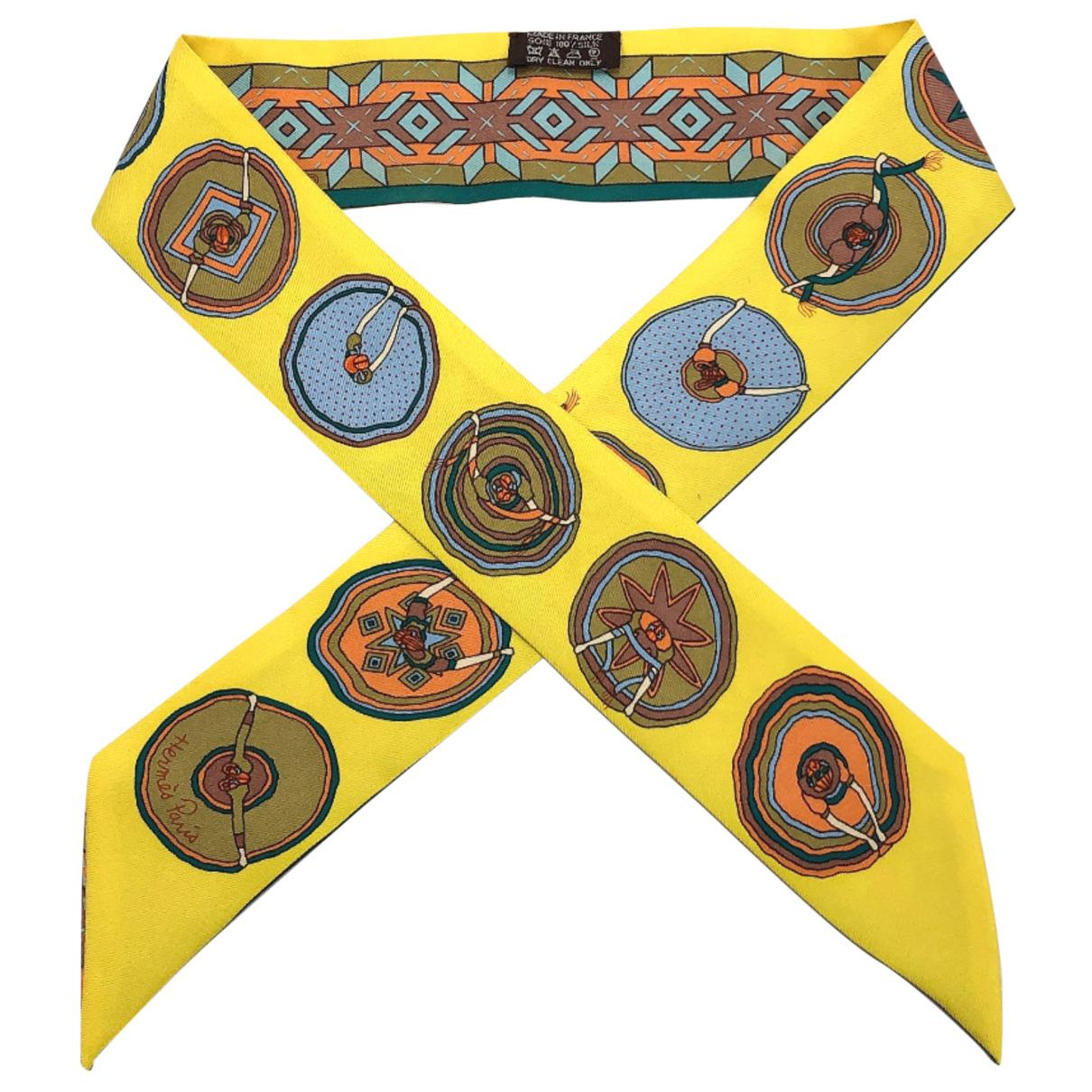 Hermes Twilly 86 Schal in  Gelb Seide
