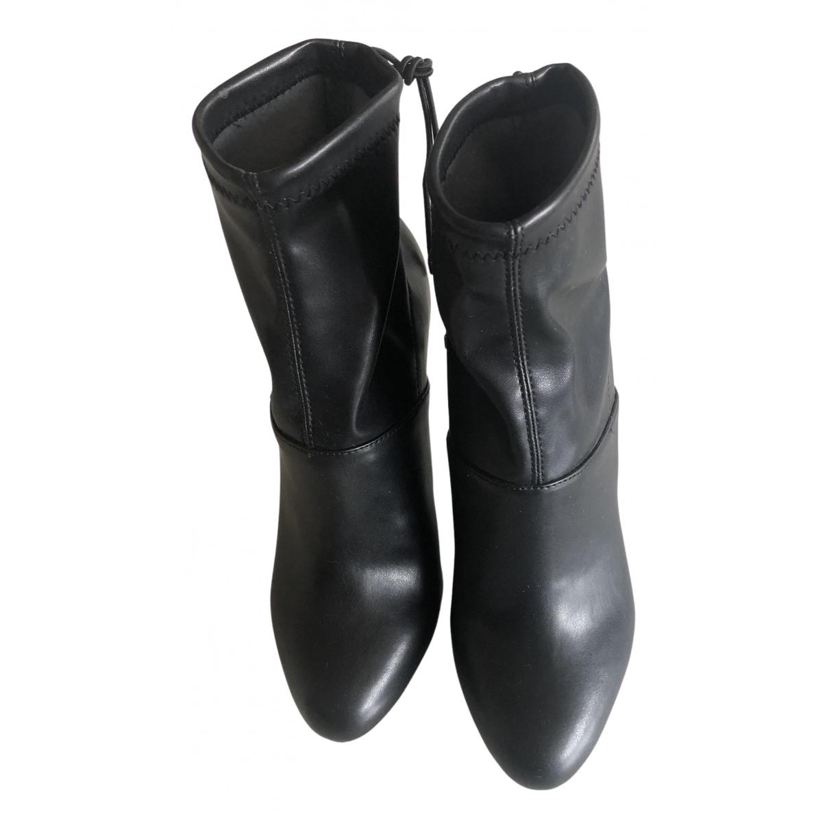 Zara \N Stiefeletten in  Schwarz Kunststoff