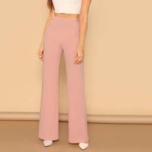 Hose mit elastischer Taille und geradem Beinschnitt