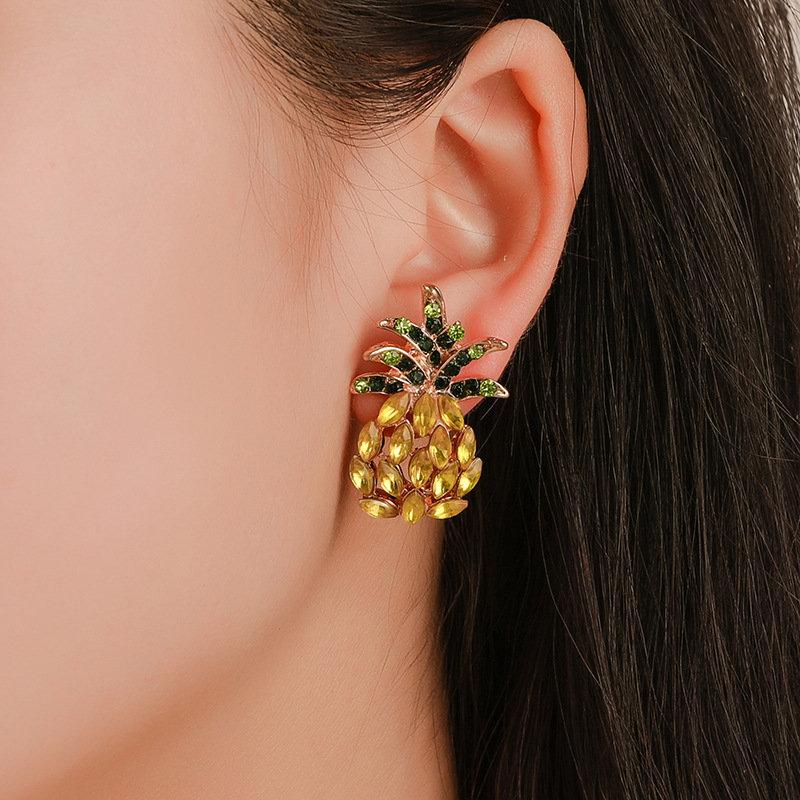 Sweet Pineapple Ear Stud Geometric Fruit Rhinestone Earring Vintage Jewelry for Women