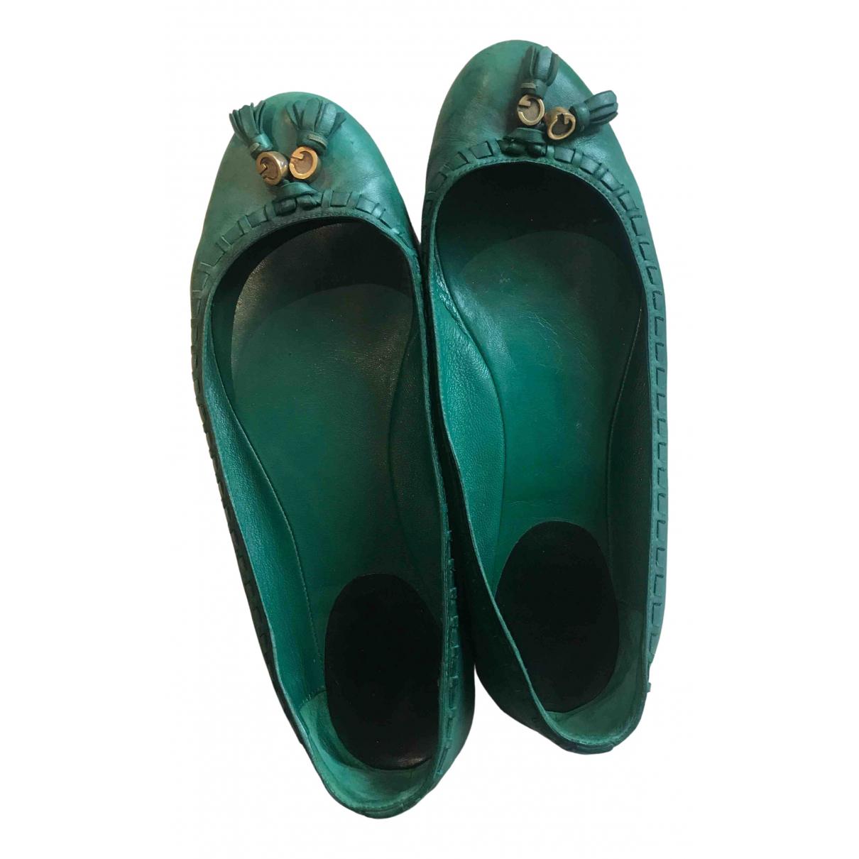 Gucci \N Ballerinas in  Gruen Leder
