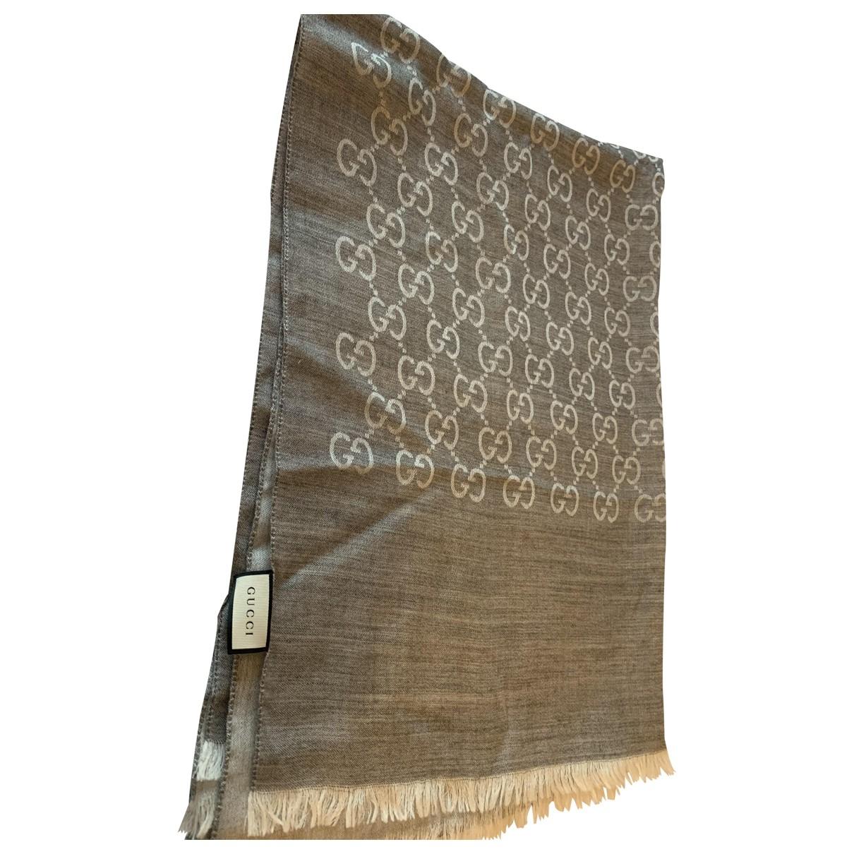 Gucci - Foulard   pour femme en soie - gris