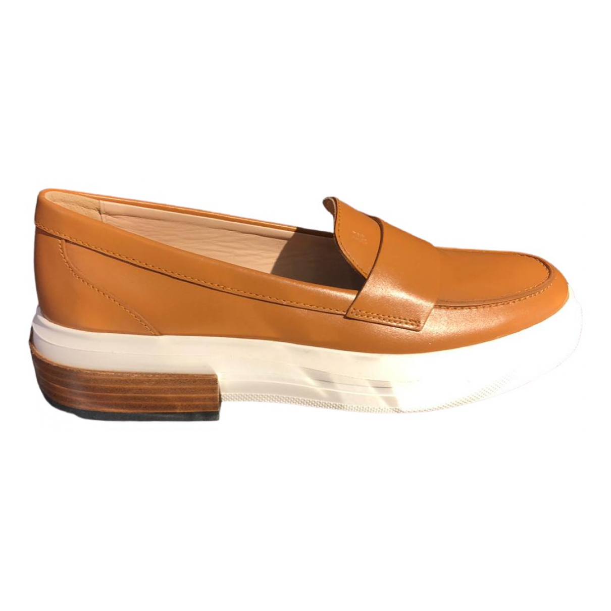 Tod's \N Camel Leather Flats for Women 36 EU