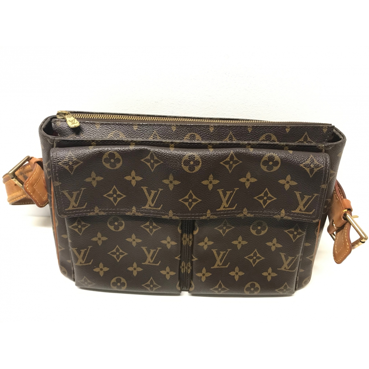 Louis Vuitton Viva Cité Brown Cloth handbag for Women \N