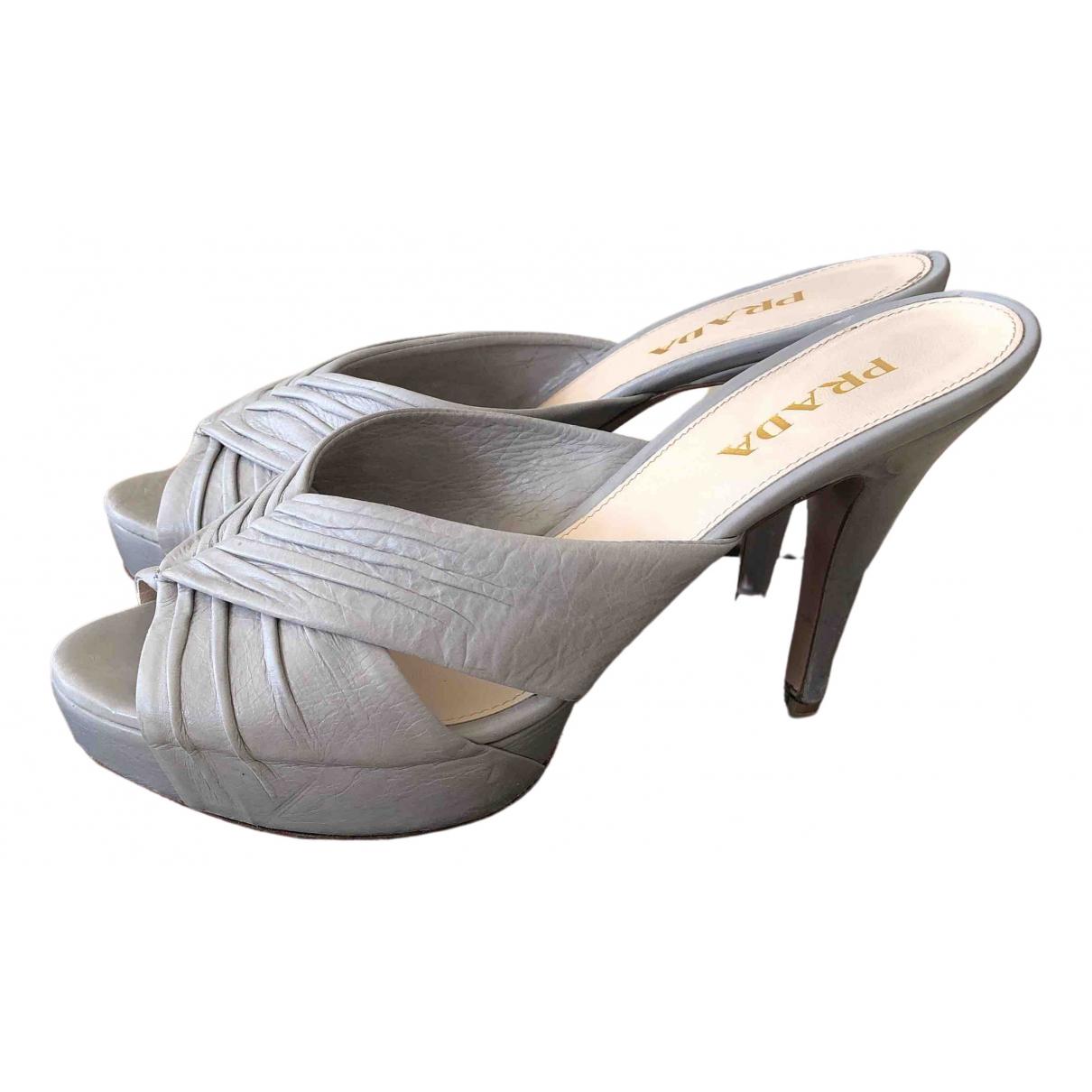 Prada - Sandales   pour femme en cuir - gris
