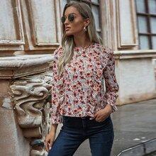 Camisa ribete con fruncido con estampado floral