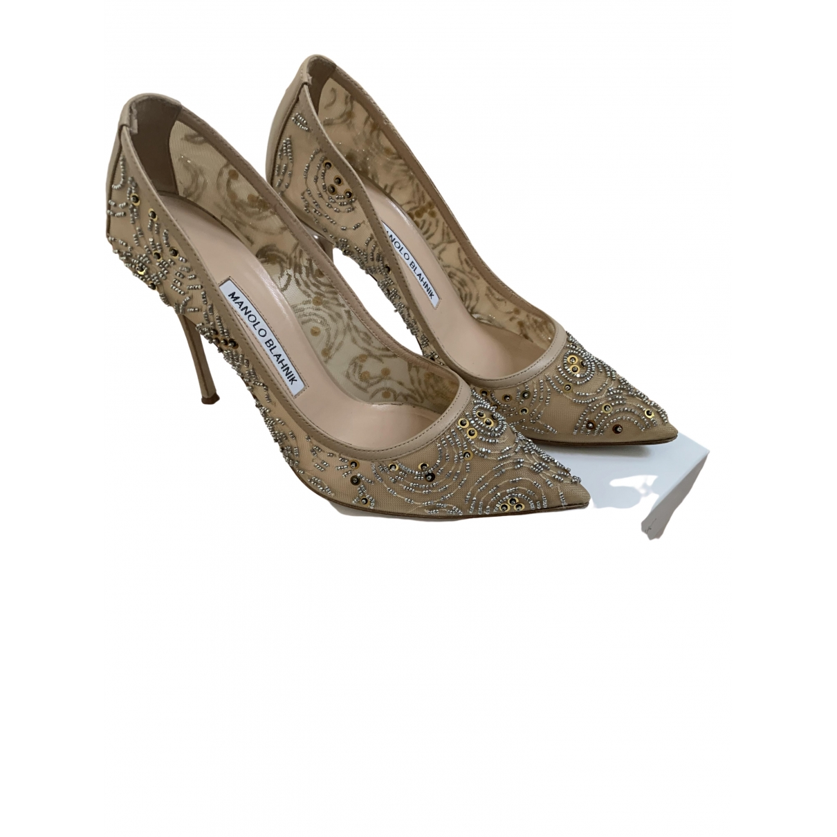 Manolo Blahnik \N Pumps in  Beige Leinen