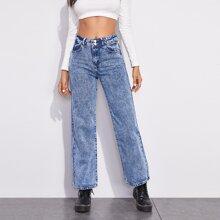 Jeans mit leichter Waschung ohne Guertel