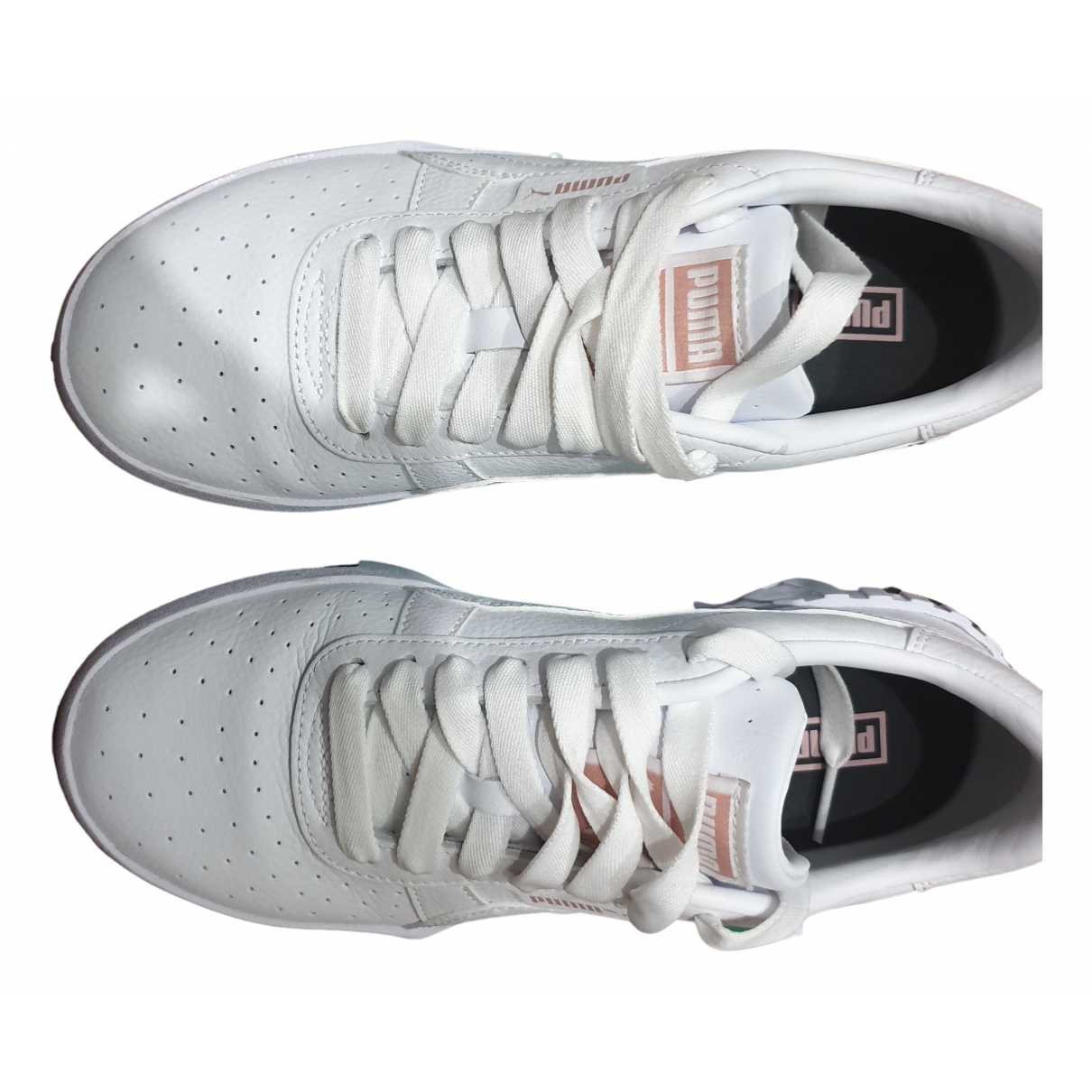 Puma \N Sneakers in  Weiss Leder