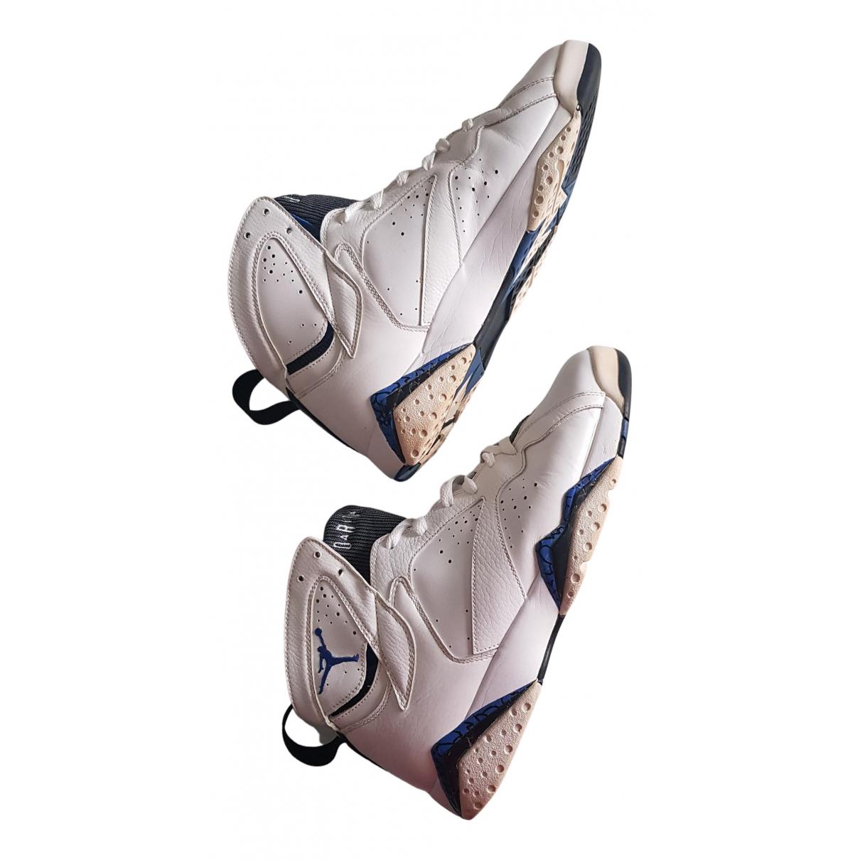 Jordan Air Jordan 7 Sneakers in  Weiss Leder