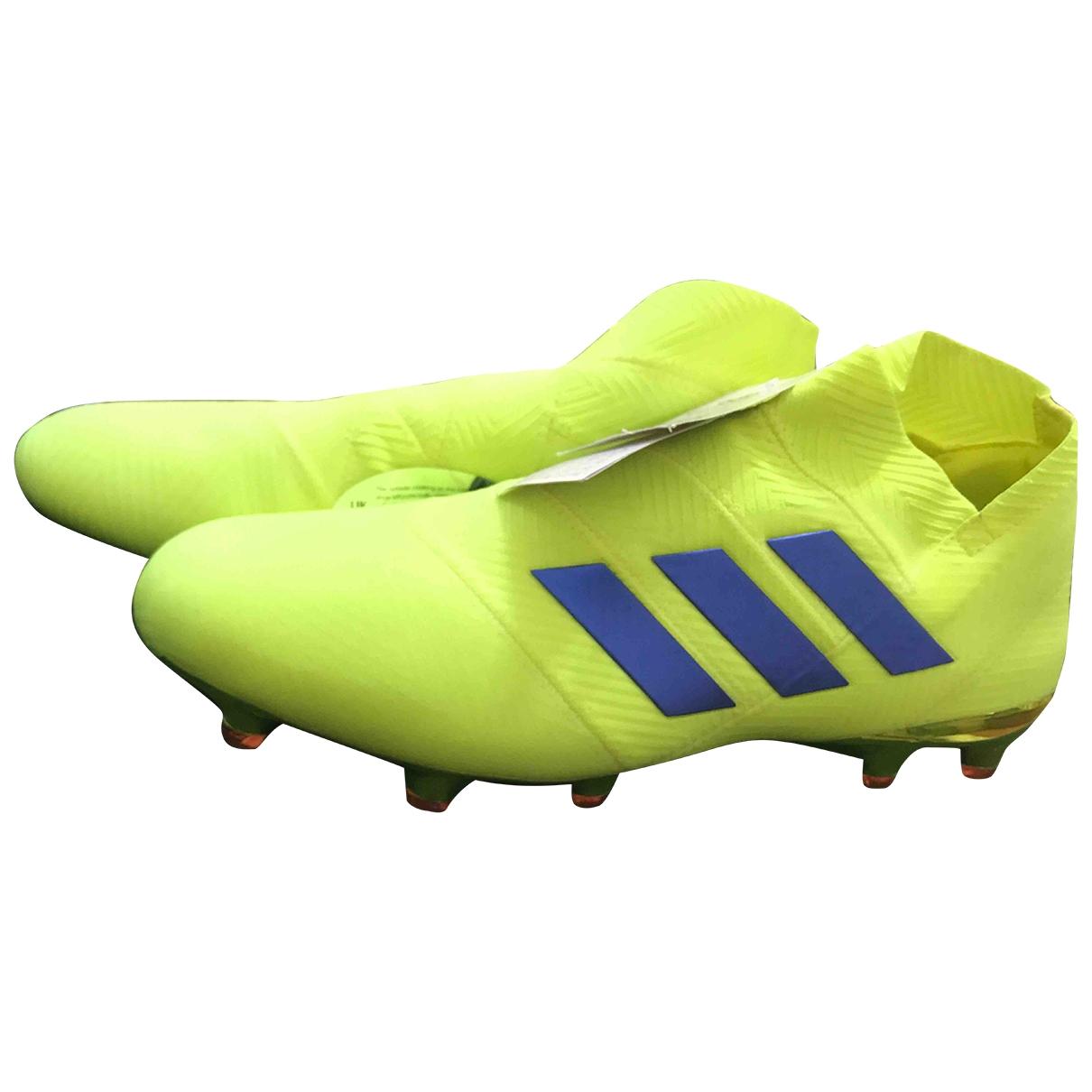 Adidas \N Sneakers in  Gelb Leinen