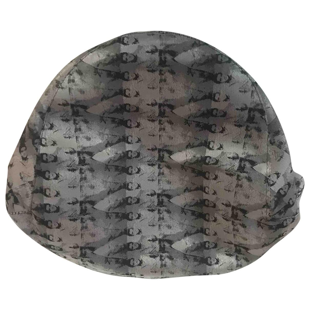 Philip Treacy \N Hut, Muetzen in  Grau Synthetik