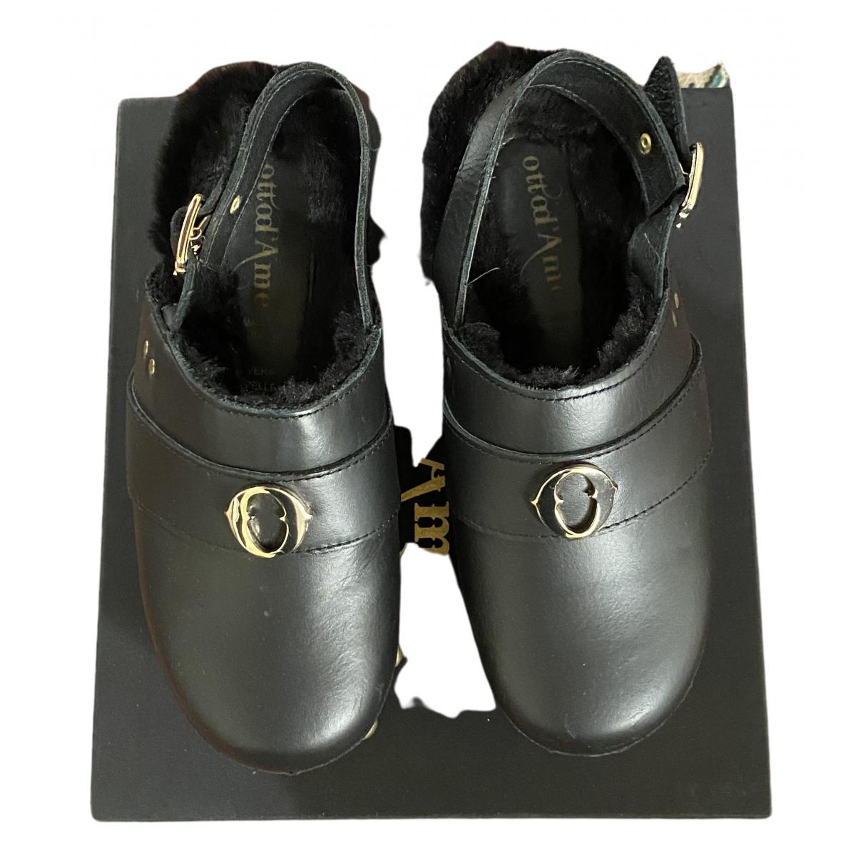 Ottodame \N Clogs in  Schwarz Leder
