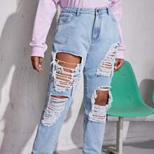 Jeans mit Waschung und Riss