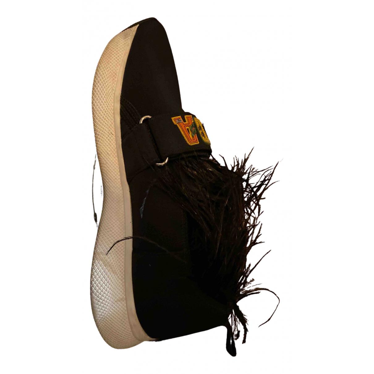 Prada \N Sneakers in  Schwarz Polyester